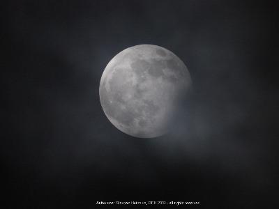 Mond um 20:32
