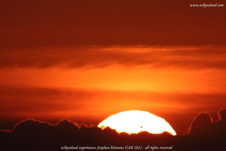Der Venustransit geht über den Wolken von Bornholm auf